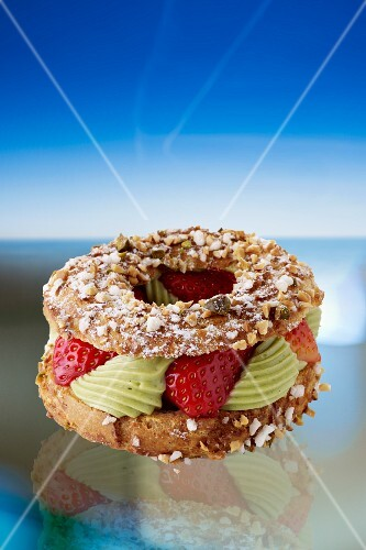 Paris Brest with pistachio cream and strawberries