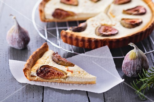 Tart with goat's cheese and figs