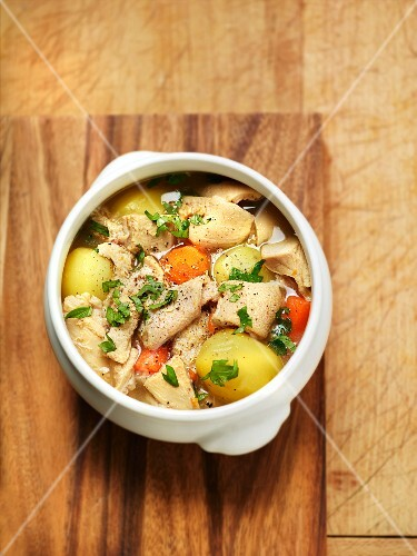 Tripe, potatoes, carrots and parsley stew