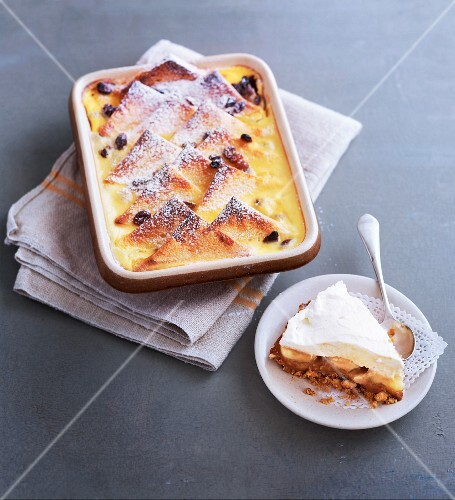 Banoffee pie and bread pudding