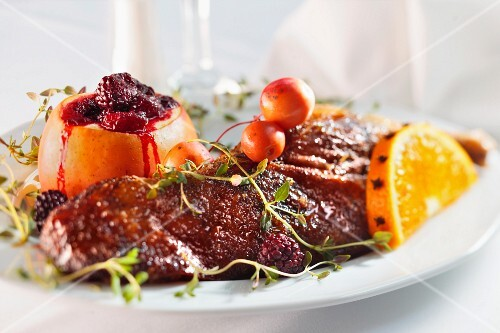 Roasted duck with fruits (Christmas)
