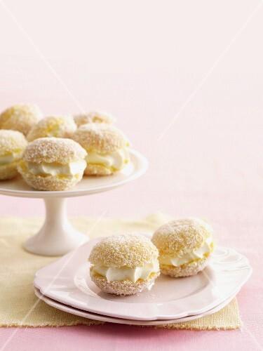 Kleine Zitronen Jelly Kuchen Mit Bilder Kaufen 11292234