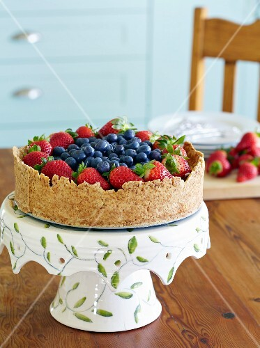 do-ahead fun desserts - Berry cheesecake
