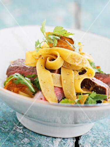 Beef salad with fresh tagliatelle and chilli