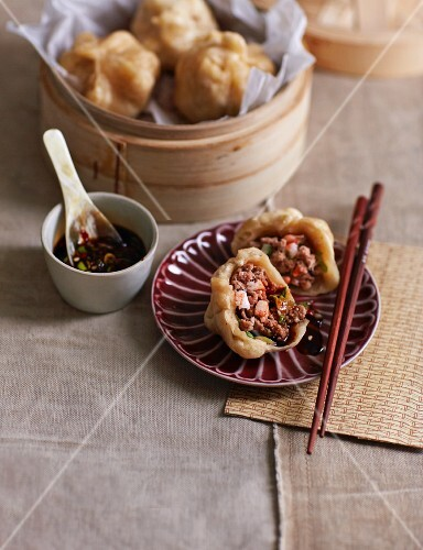 Stuffed dumplings (China)