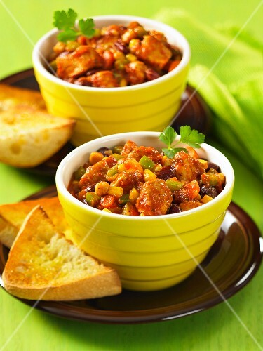 Southwestern Chicken Chili: