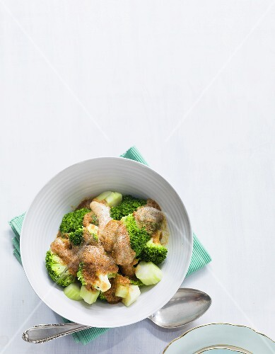 Broccoli with celery and crumb butter