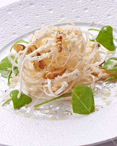 Celery salad with walnuts