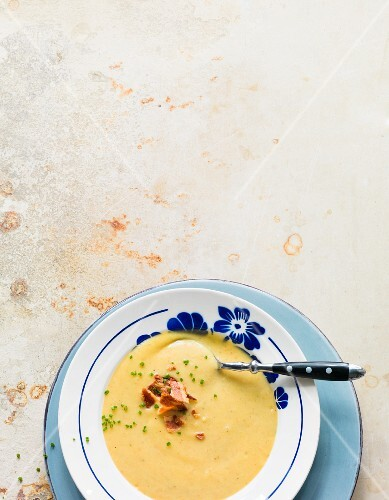 Potato soup with crispy bacon