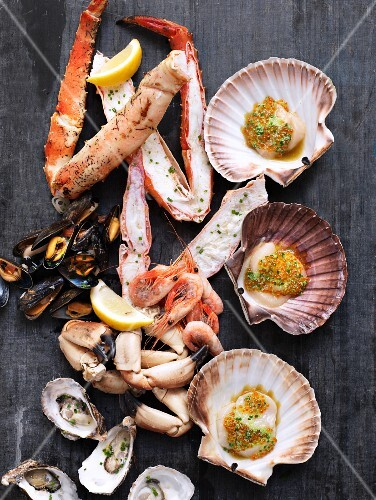 An arrangement of mussels and lobster