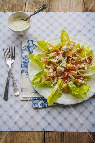 Cesar salad with chicken and bacon