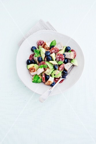 Chicken salad with avocado and blueberries