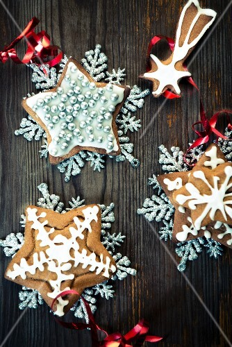 Gingerbread stars as Christmas trees decorations