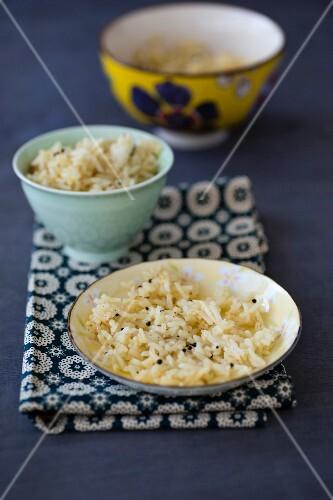 Lemon rice with brown mustard seeds