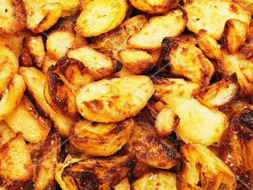 Fried potatoes (full frame)
