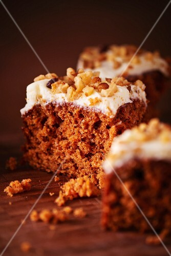 Carrot cake with chopped nuts
