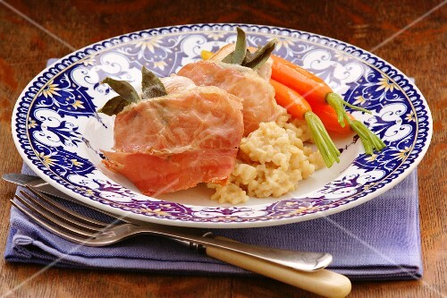 Chicken saltimbocca with carrots and rice