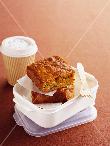 Spiced carrot cake in a lunch box