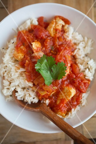 Chicken curry with basmati rice (India)