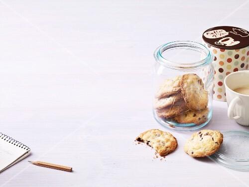 Chocolate cookies with macadamia nuts