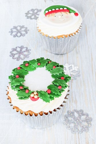 Christmas cupcakes with brandy spice flavouring