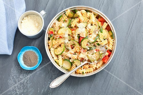 Fusilli bake with minced meat, courgette, tomatoes and Parmesan