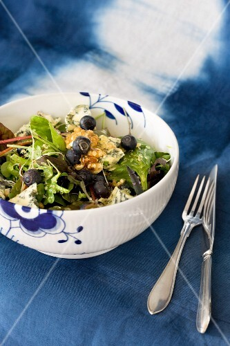 A blueberry and blue cheese salad