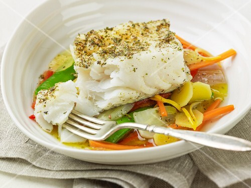Sea bass with mange tout, ginger and carrots