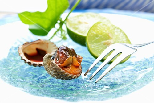 Clams with limes (Thailand)