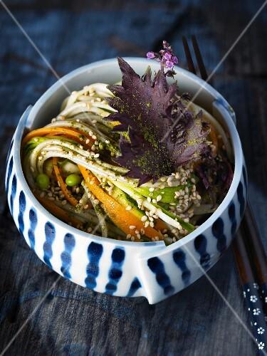 Soba noodles with matcha tea, vegetables and sesame seeds (Japan)