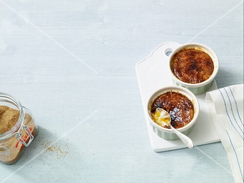 Rice pudding brulee with coconut