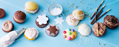 Various fillings and decorations for whoopie pies