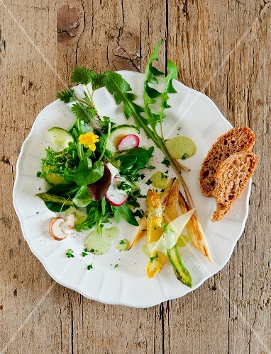 Wild herb salad with asparagus