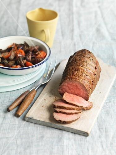 Roast beef with vegetable salad