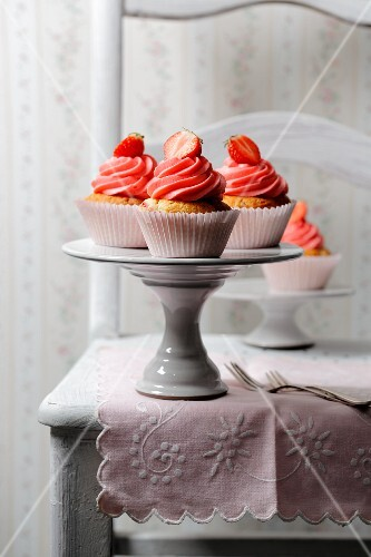 Cupcakes with marzipan and strawberry cream