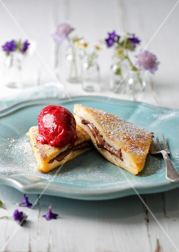 French toast with chocolate cream and blueberry ice cream
