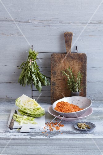 An arrangement of white cabbage and red lentils