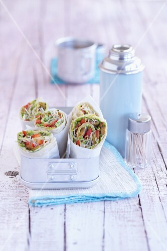 Vegetables wraps with lupine fillet