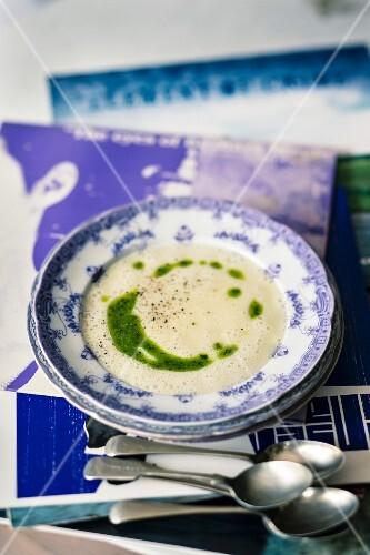 Cream of garlic soup