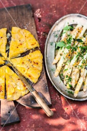 Asparagus with Anna potatoes