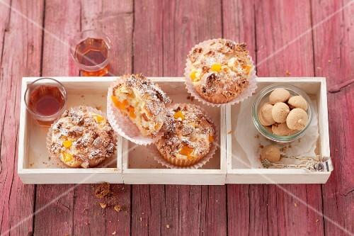 Peach muffins with amaretto
