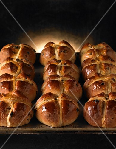 Hot cross buns for Easter on a baking tray