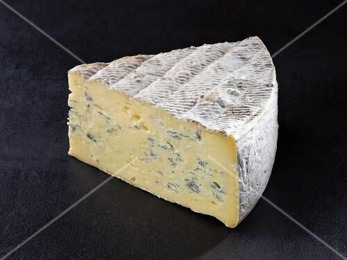 Bleu du vercors (French cow's milk cheese)