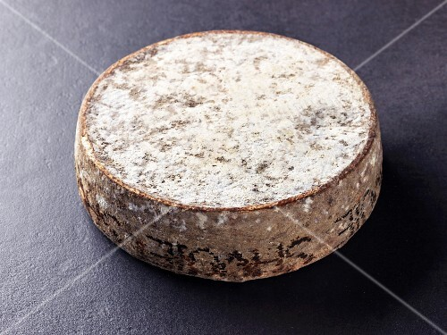 Tomme de savoie (French cow's milk cheese)