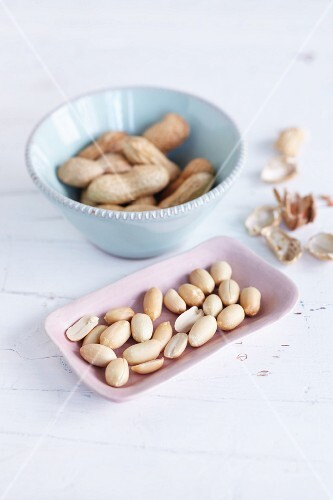 Peanuts, shelled and unshelled