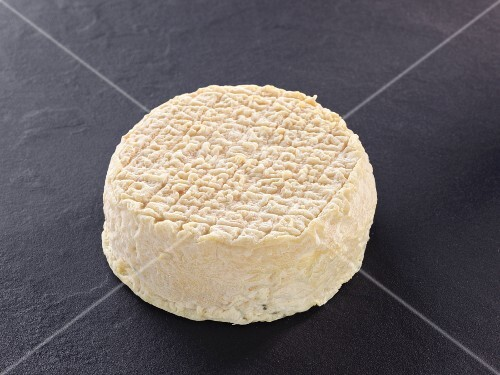 Le lunaire (French goat's cheese)