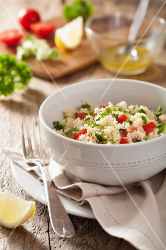 Couscous salad with tomatoes and parsley