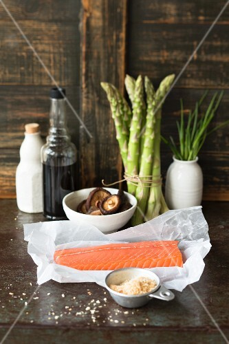 Ingredients for uramaki sushi with salmon and panko