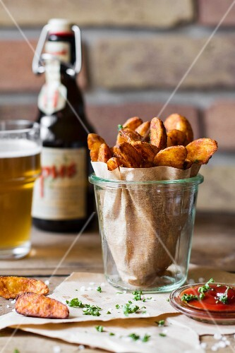 Potato wedges and beer