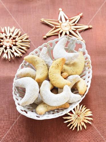 Vanilla crescent biscuits and straw stars